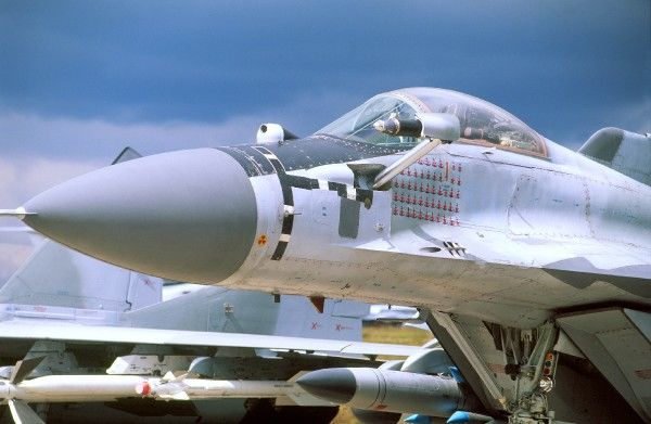 mig 29 flt/wag 29/9/98 cover and 16/3/04 p 17
