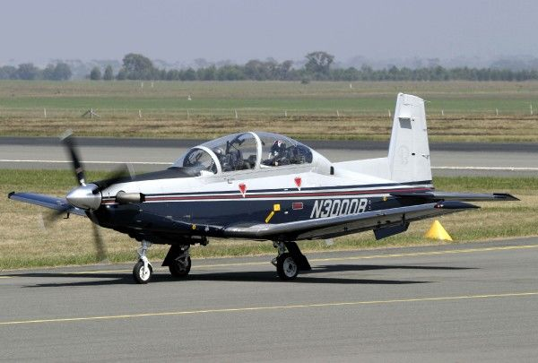 Beechcraft T-6B advanced trainer arriving at Avalon