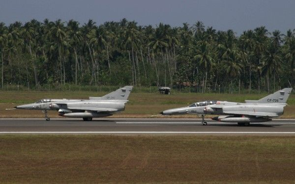 Single & two seat Kfir's lined up for departure at Colombo