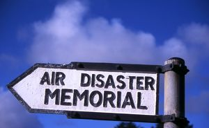 Sign poste to Air India air disaster memorial in Eire