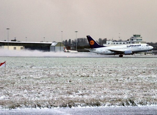 Departure. First departure from contaminated runway after snow clearance