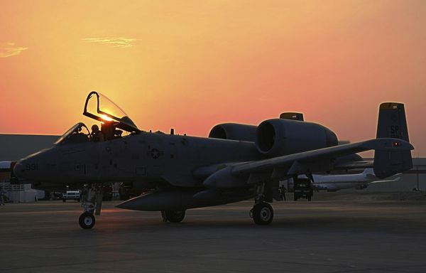 The sun goes down over the airshow ramp