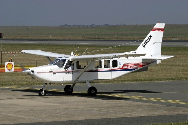 Gippsland Airvan. Taxiing in to participate at Avalon '05