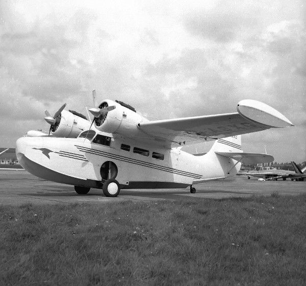 Grumman Goose (c) FlightThe Flight Collection