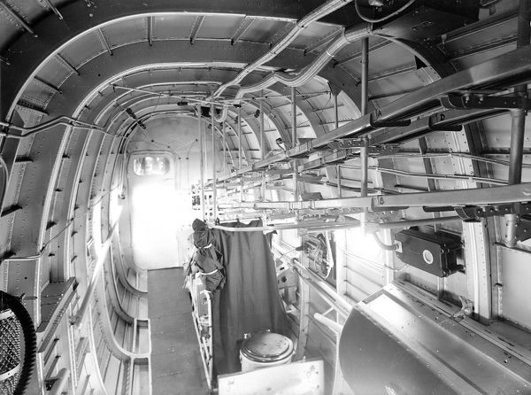 HP Halifax interior. Handley Page Halifax Interior April 1942 (c) The Flight Collection