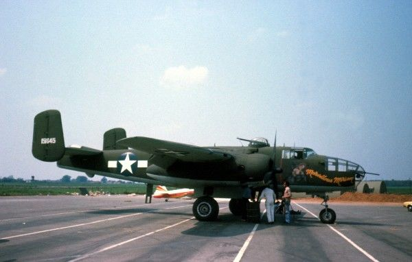 Noth American B-25 Mitchell Bovingdon 1978 (c) The Flight Collection