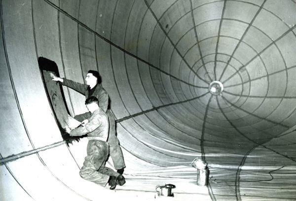 RAF Ballon unit, ardington. Repairs on Ballon (inflated with air)