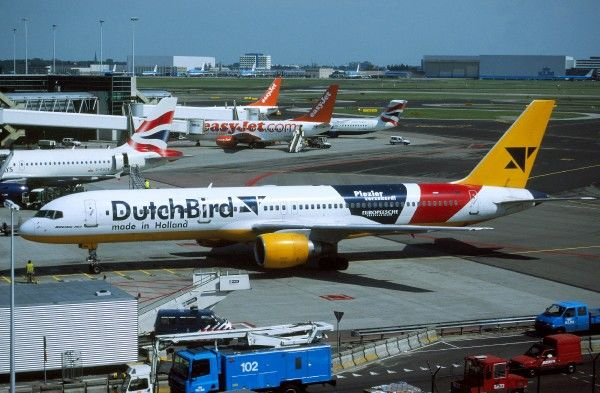 Schiphol Airport. Boeing 757-200 dutch bird schiphol holland press