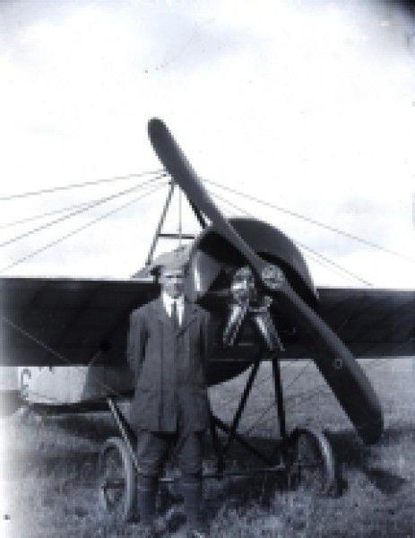 Walter Brock, Aviator