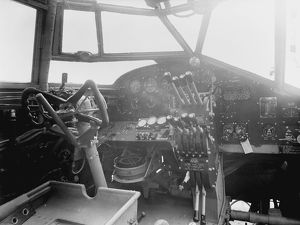 Handley Page Halifax: Cockpit